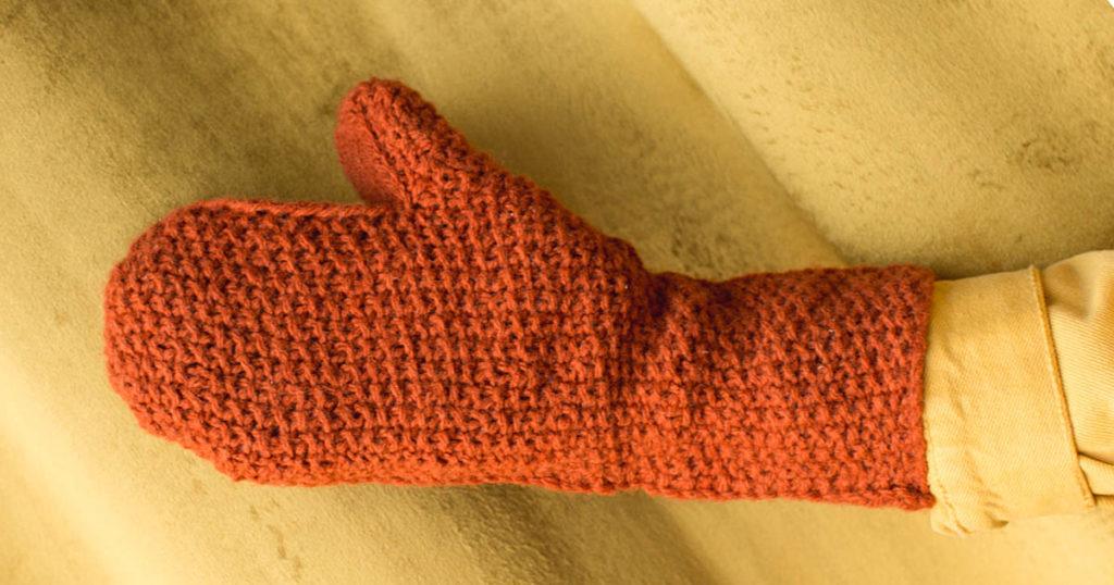 <em>knitscene</em> Fall 2018: Eleanor Mittens
