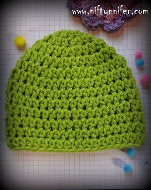 Easy crochet beanie pattern | CrochetMe.com