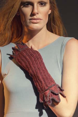 Fervor Gauntlets Crochet Pattern