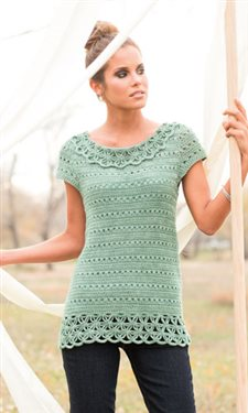 This crochet tee has an incredible crochet lace edging.