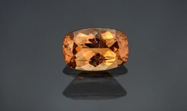 gemstones: 3.70 carat hessonite garnet