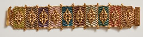Grand Duchess Bracelet Main Colorway