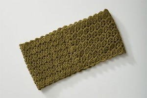 Graphic Lace Cowl