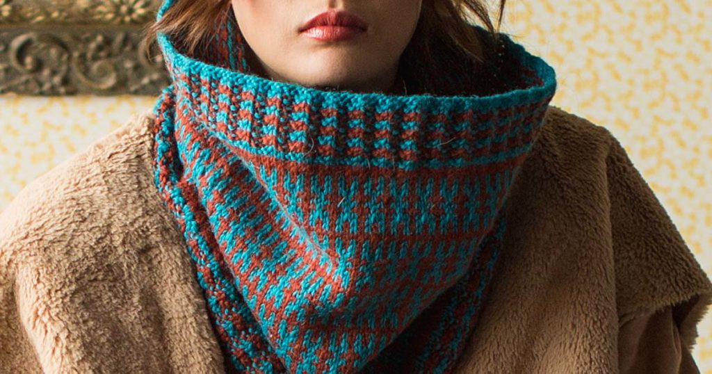 Pattern of the Week: Helen Cowl