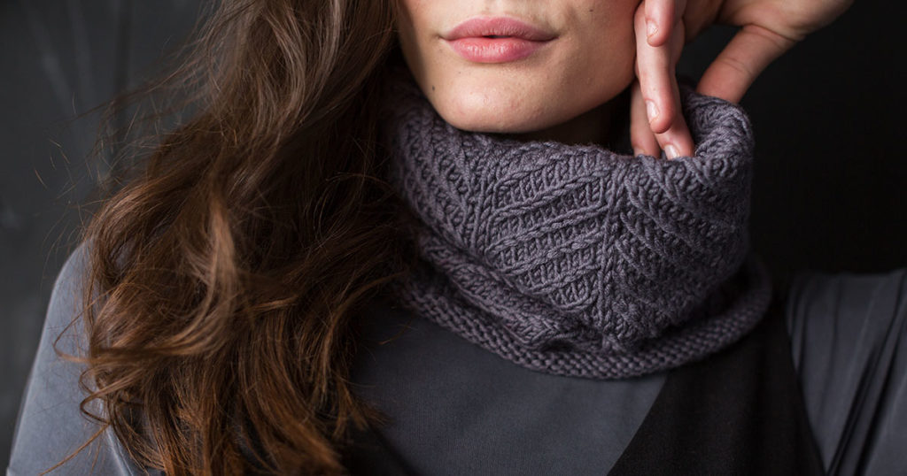 <em>Knits Gifts</em> 2018: Herringbone Trail Cowl