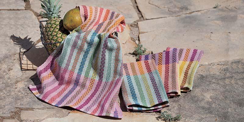 Friendship Towels: Tintes Naturales