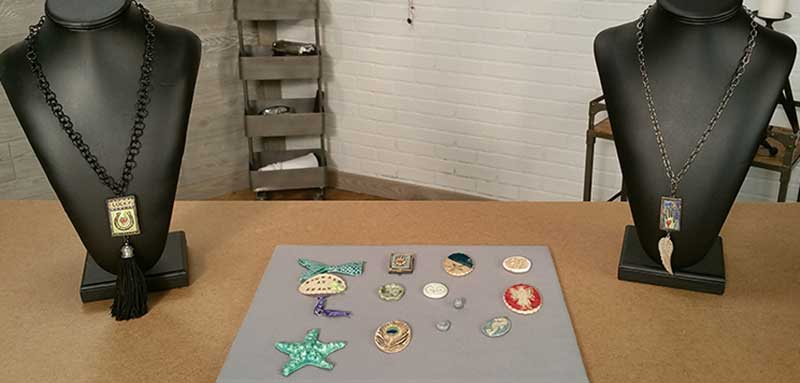 <em>Beads, Baubles &#038; Jewels</em>: Artist's Helpers