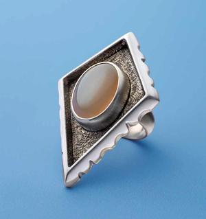 Halas Moonstone Ring