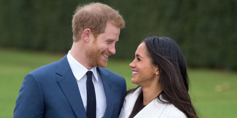 Stitch an Elegant Bracelet for the Royal Wedding