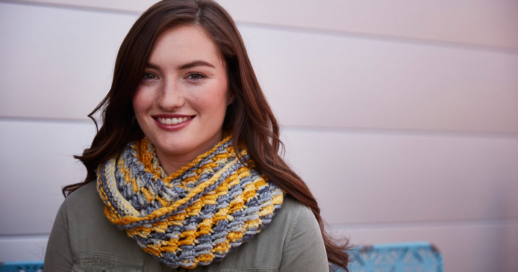 Copper Beeches: Spinning Wool for a Plush Cowl