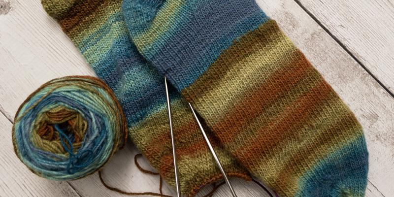 Her Handspun Habit: Why Targhee Makes For Great Handspun, Handknitted Socks