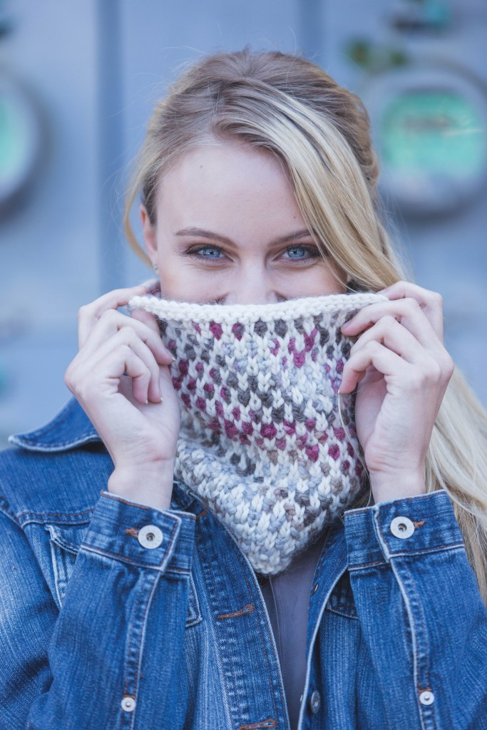 We're crazy for knitted cowls with this must-try, Hoxey Cowl knitting pattern; it's a quick knit for experienced knitters and an easy project for beginners.