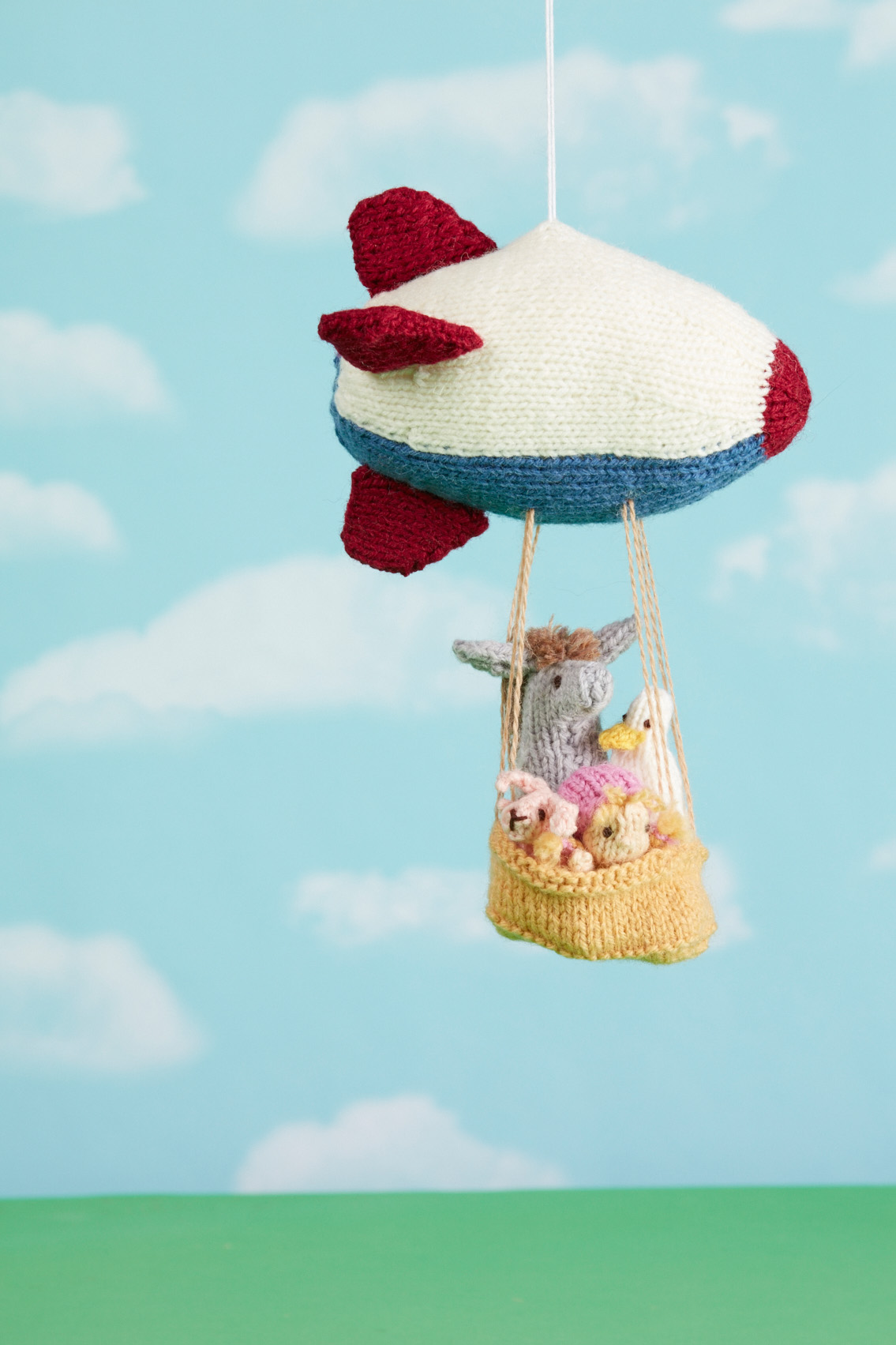 Zeppelin Mobile knitting pattern from Love of Knitting Toys by Sachiyo Ishii