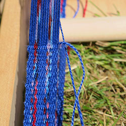 Weaving jaspe cloth on the inkle loom