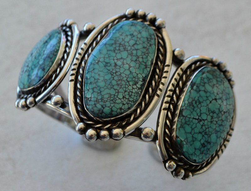 Learn to make this Classic Three-Stone Cuff with Jeff at Bead Fest; photo courtesy Jeff Fulkerson