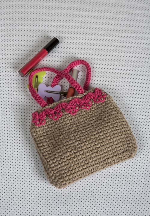 Just-Enough Purse Crochet Pattern