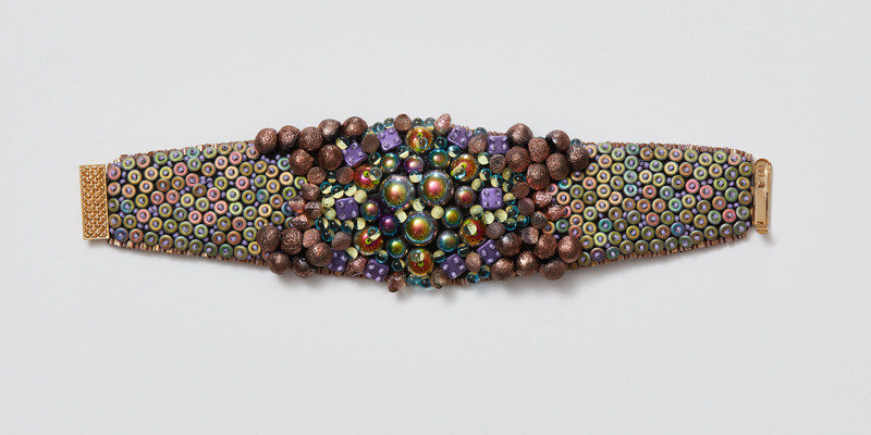 Excellent New Bead Embroidery Courses from Expert Kinga Nichols
