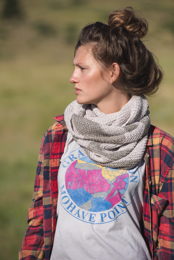 Get the Salcantay infinity scarf knitting pattern from Knitscene Spring 2016. Perfect for spanning the seasons!