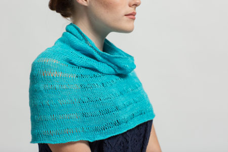 Knitting Stitches: Learn the elongated stitch from the Atoll Cowl