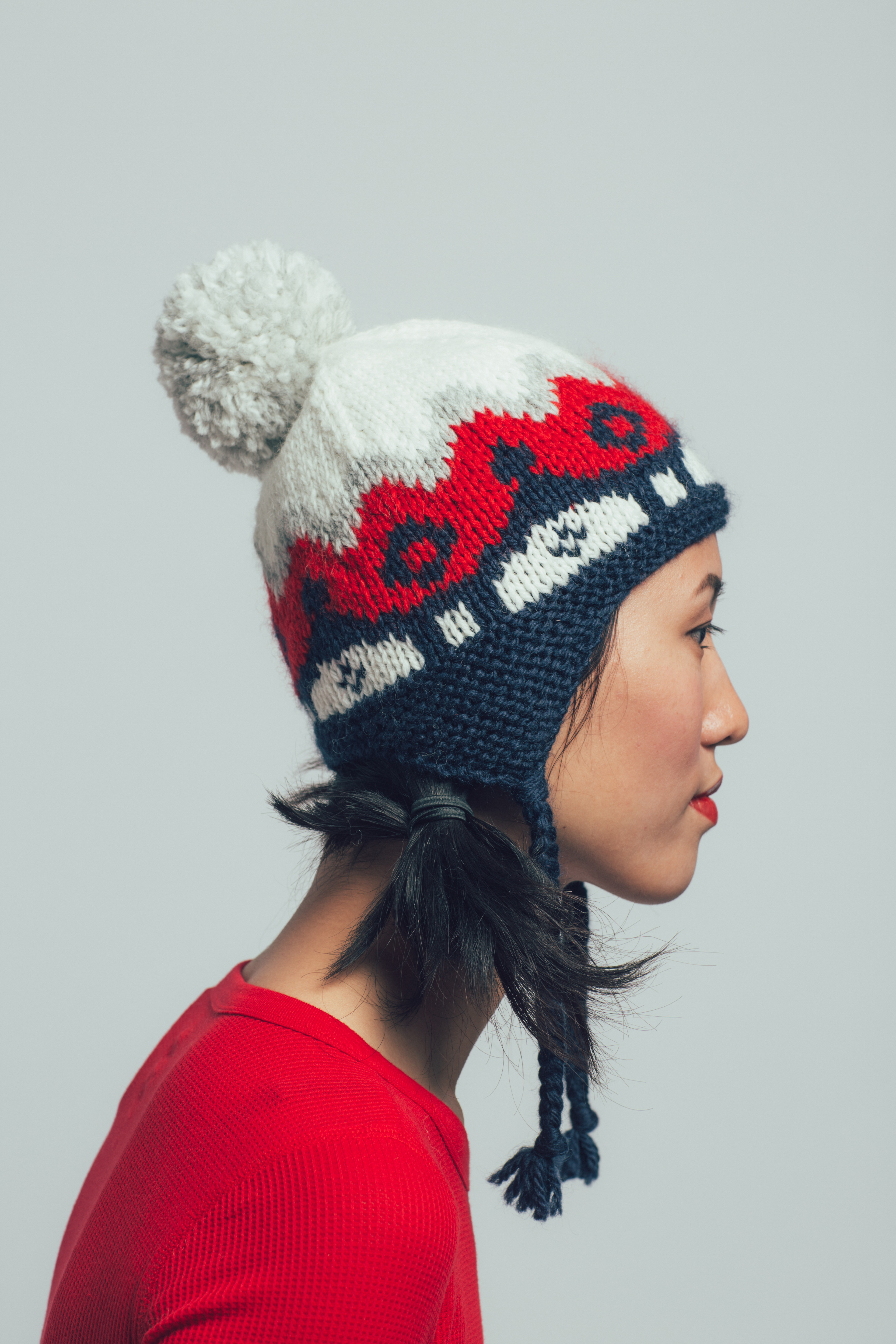Snowball Cap knitting pattern by Jesie Ostermiller from knitscene Winter 2016