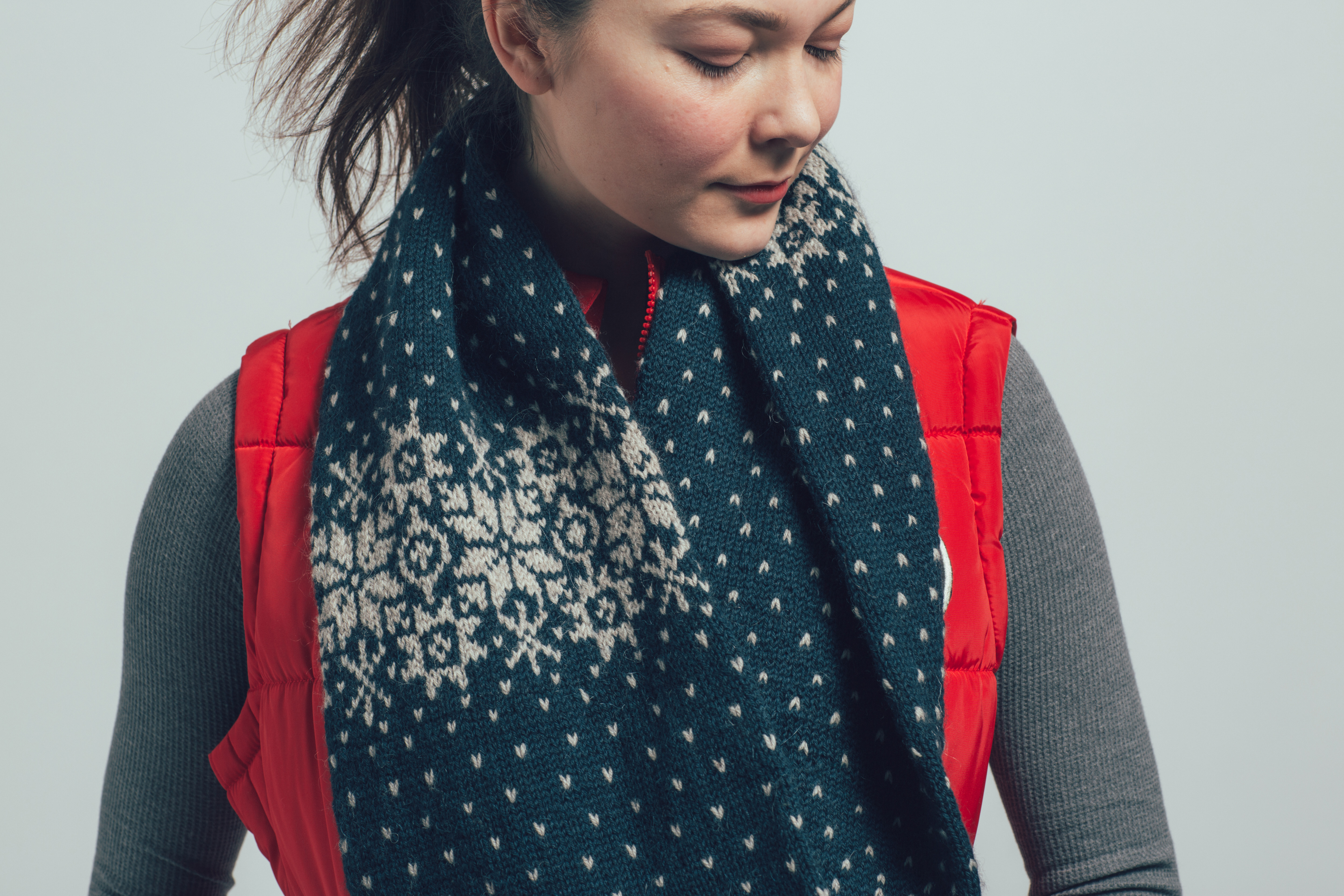 Snowflake Cowl by Jesie Ostermiller from knitscene Winter 2016
