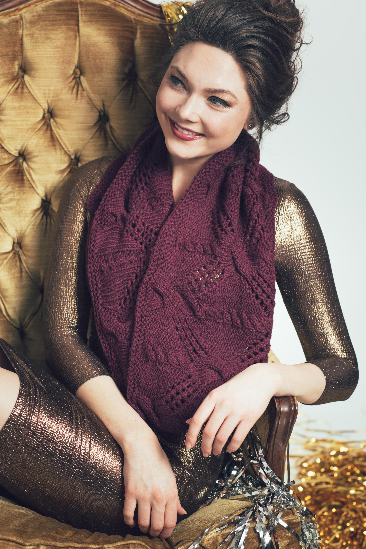Soirée Cowl knitting pattern by Tanis Gray from knitscene Winter 2016