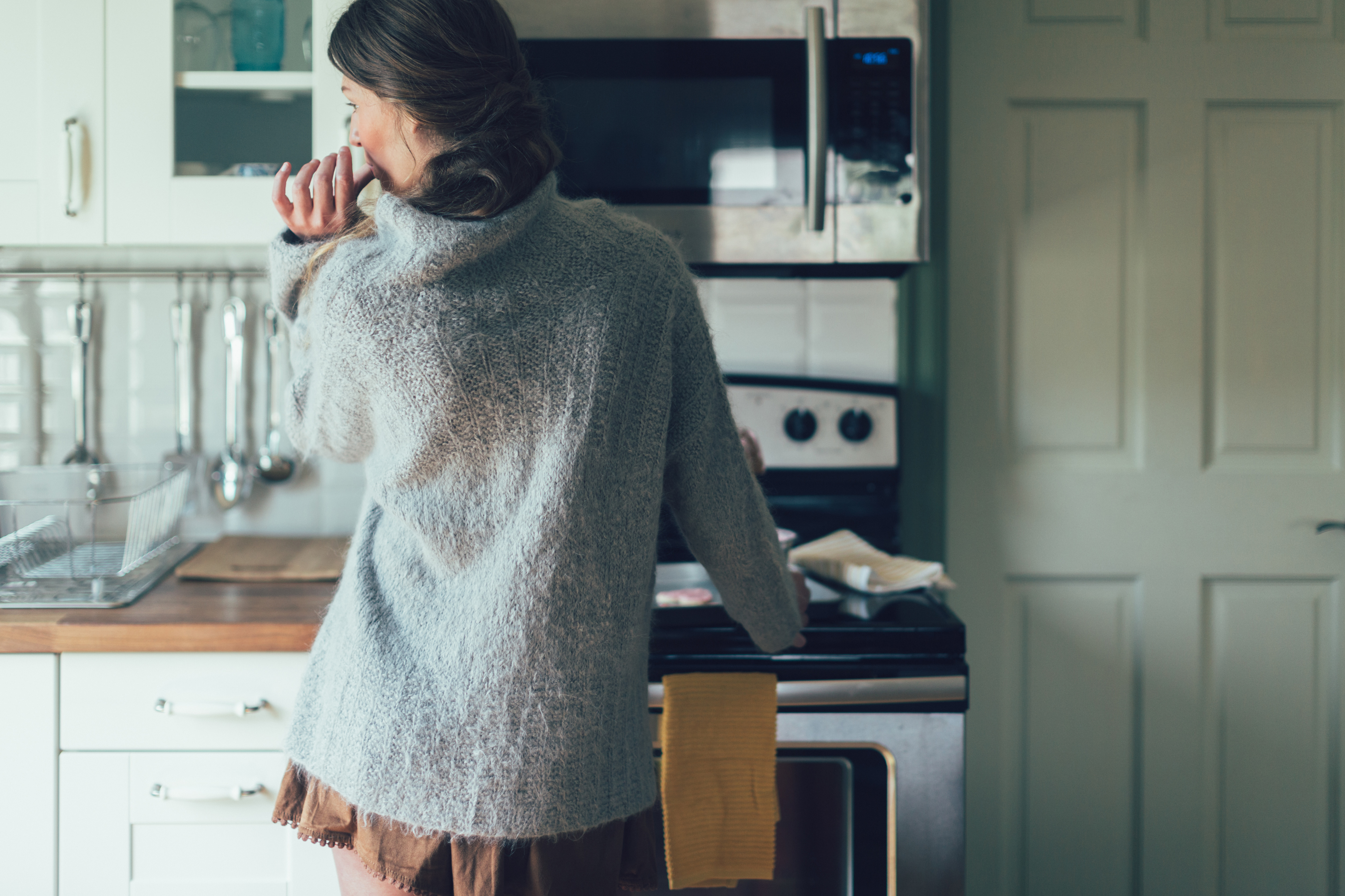 frosting pullover knitting pattern by courtney spainhower
