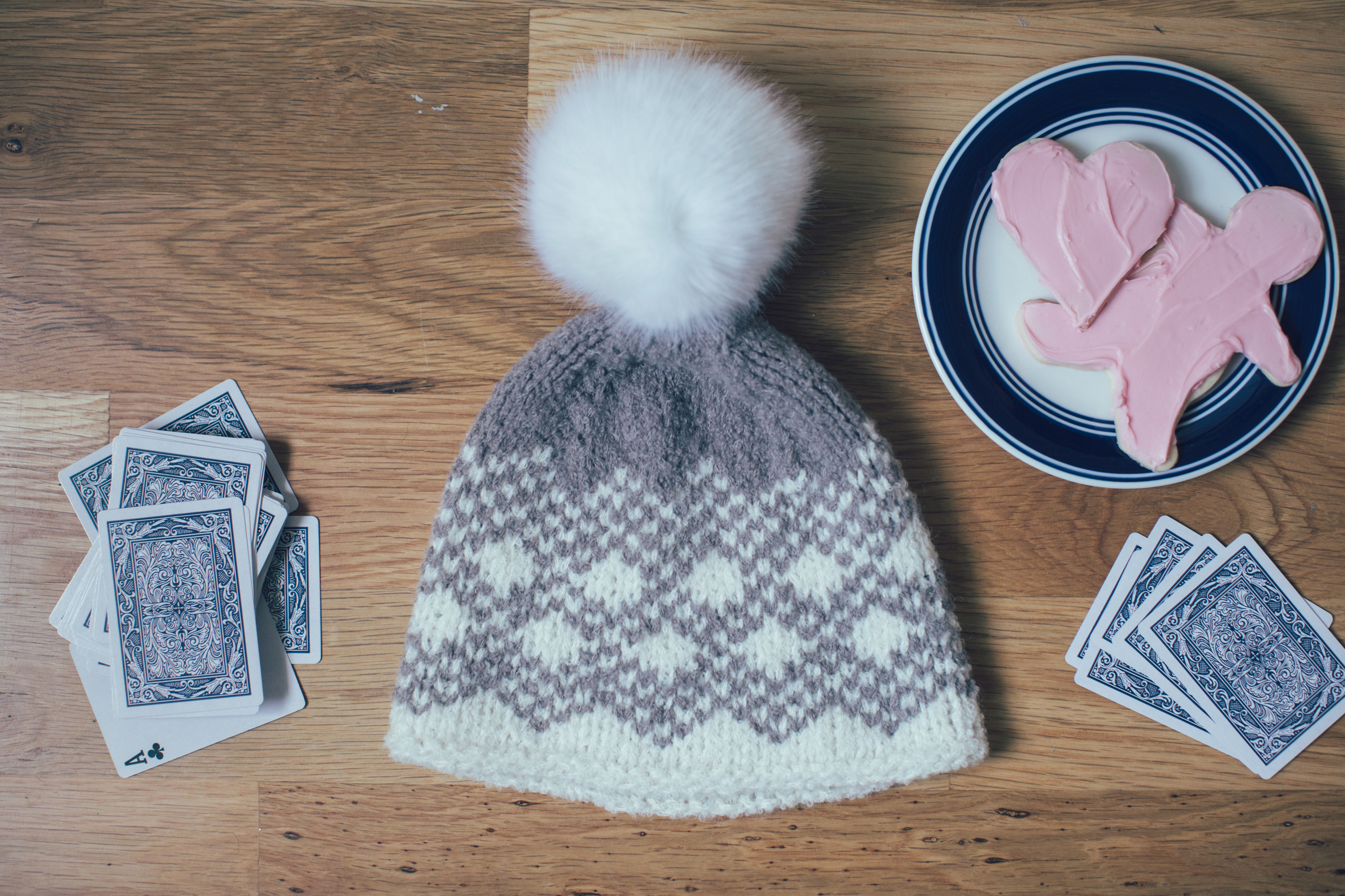 macaroon hat knitting pattern by amy palmer from knitscene winter 2016