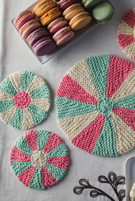 knit coaster trivet set
