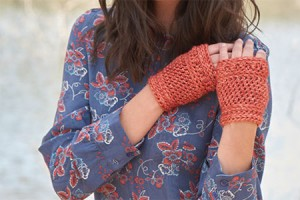 Knotty Waves Mitts