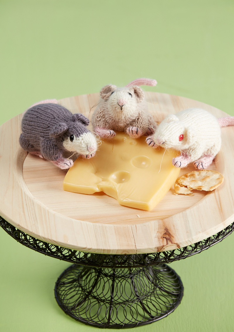 Knitted Rat-a-Cuties