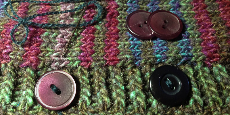Roving Reporter: Finishing Forsaken Sweaters and Frogging Knitting
