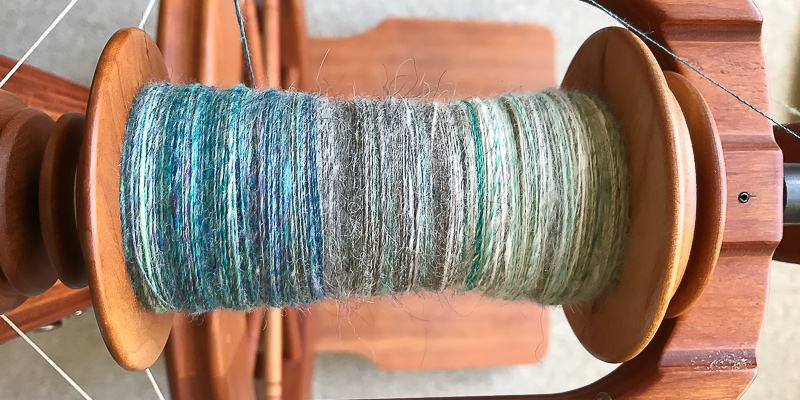 Roving Reporter: Reduce, Reuse, Recard! Spinning Gradient Yarn from Leftovers