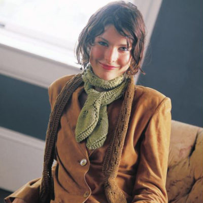 Interweave Family: Leaf Cravat by Teva Durham Interweave Knits Winter 2002.