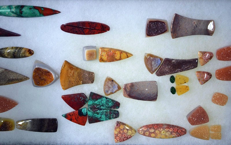 Lexi's Tips for Selecting Cabochons: Choosing the Pick of the Litter, Stonewise