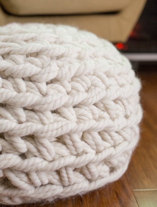 Arm crochet this fabulous crochet pouf in just one hour!