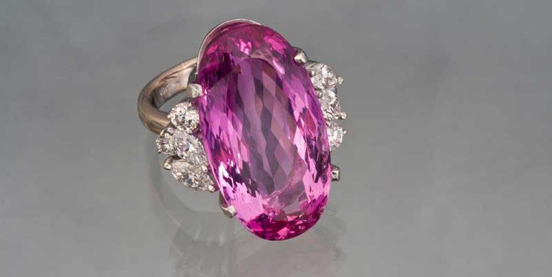 Pink topaz - November birtstone and amazingly beautiful gemstone
