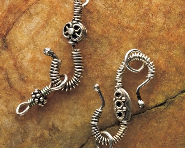 Martha Aleo's wire coiled Clasp-tastic wire hook and S clasps