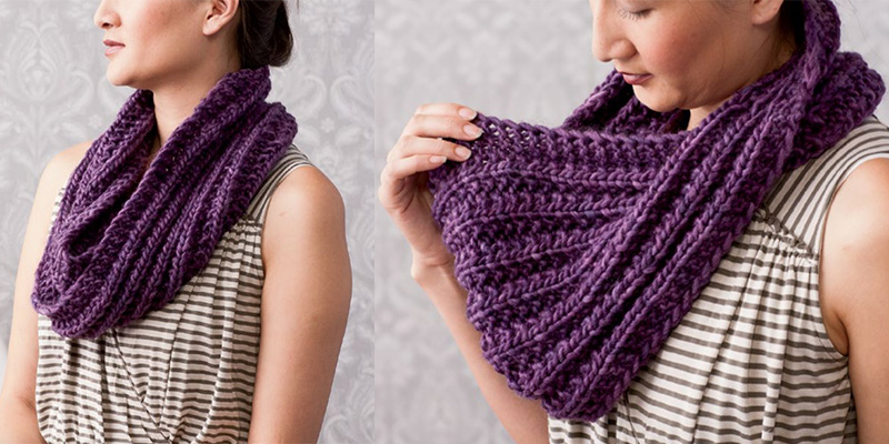 Quick Knit Gifts - Mistake Stitch Mobius Scarf