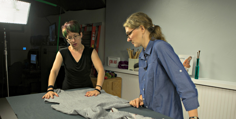 Jennifer Dassau: She Shapes Short Rows