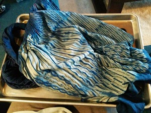 indigo-naturally-dyed-yarn