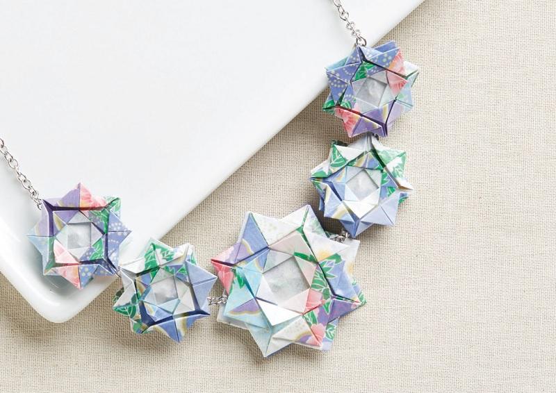 flower jewelry: Double Necklace from Origami Jewelry by Julián Laboy Rodríguez