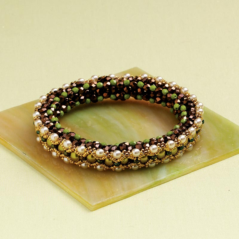 Artistic Creativity: 9 Genius Tips for Getting Out of a Creative Rut. Dancing Pearls Bracelet by Evelína Palmontová