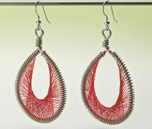 Learn how to make these Peruvian Thread earrings in this expert guide.