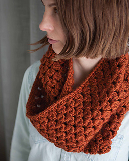 The Pinecone Crochet Cowl is a beautiful crochet accessory. I love the crochet stitch pattern.