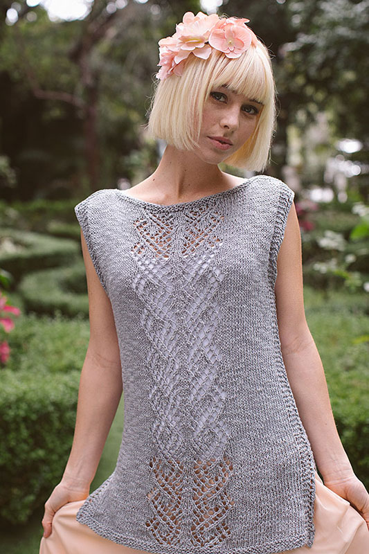 Front detail of Puck's Tunic from Interweave Knits Summer 2017