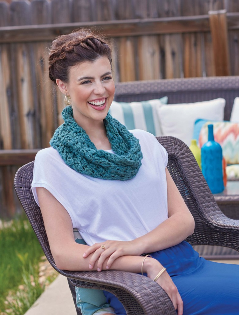 Little Falls Reversible Textured Crochet Mobius, Continuous Crochet by Kristin Omdahl