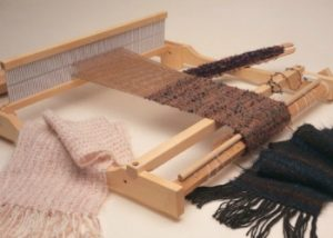 Learn how to weave on a rigid-heddle loom with this free eBook.