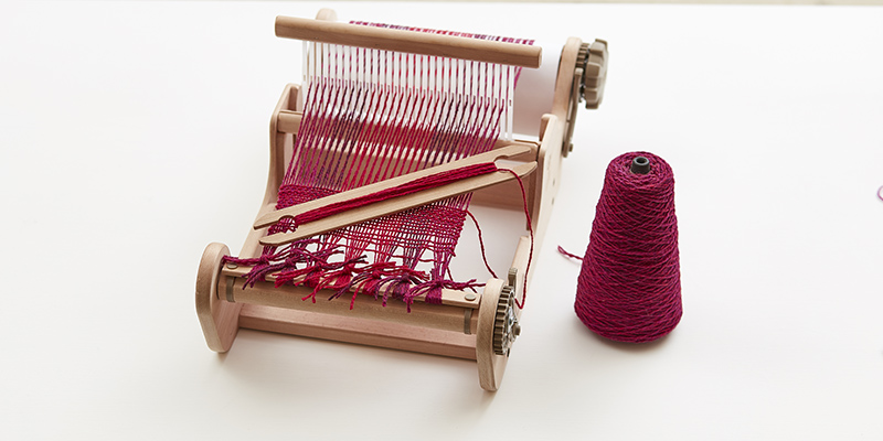 Learning to Weave: 6 Rigid-Heddle Resources You Need