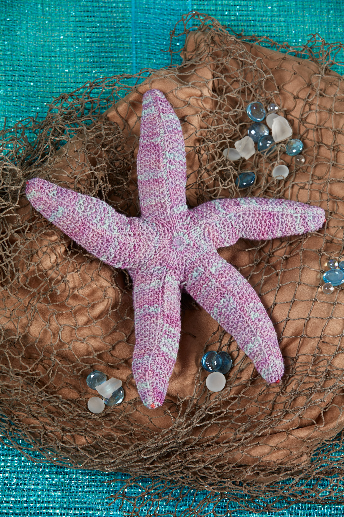 Serene Sea Star knitting pattern from Love of Knitting Toys by Joan Rowe